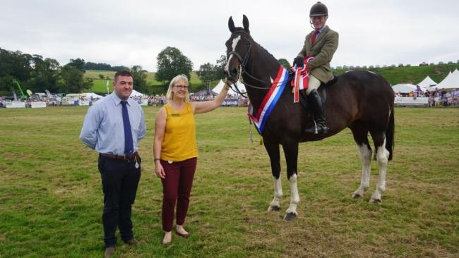 The supreme champion of champions was Masquerade, a Hunter from Clive Storey